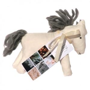 Pony in cirmolo