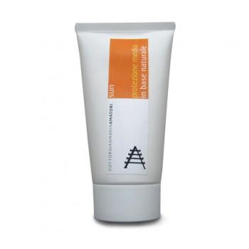 Crema solare naturale media protezione Medicamina Sun. Base naturale ipoallergenica